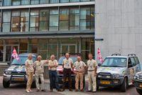 De zes leden van Rotary Eindhoven Centrum die zaterdag per auto naar Gambia vertrekken. Foto Rotary Eindhoven Centrum